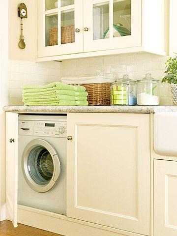 Bố trí máy giặt trong tủ